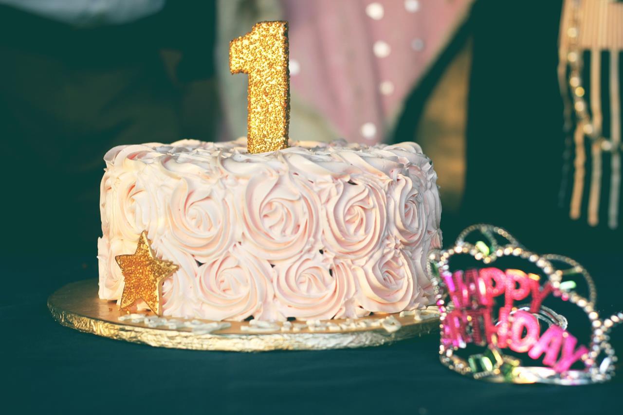 インスタ映えする誕生日ケーキのブログ画像